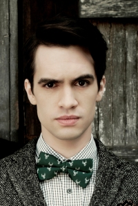 panic_at_the_disco_brendon_urie_spencer_smith_100311_1600x1200