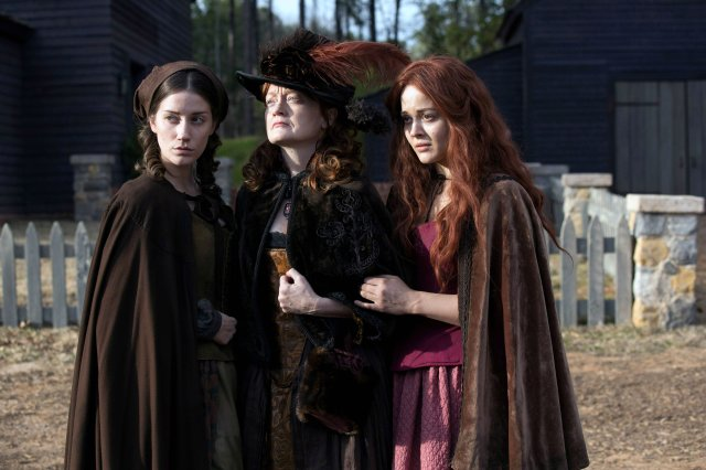 salem-drama-thriller-fantasy-dark-witch-history-series-television-27-wallpaper-1