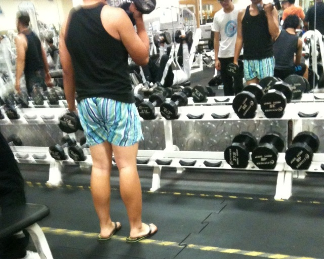 flops-at-gym-and-boxers